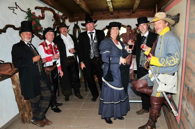 Country-Treffen im Gasthof Stern in Natters - menus2view.com