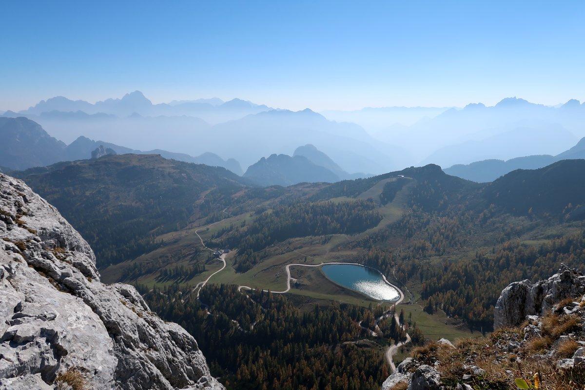 Klettersteig Däumling : Ausblick vom däumling klettersteig am nassfeld