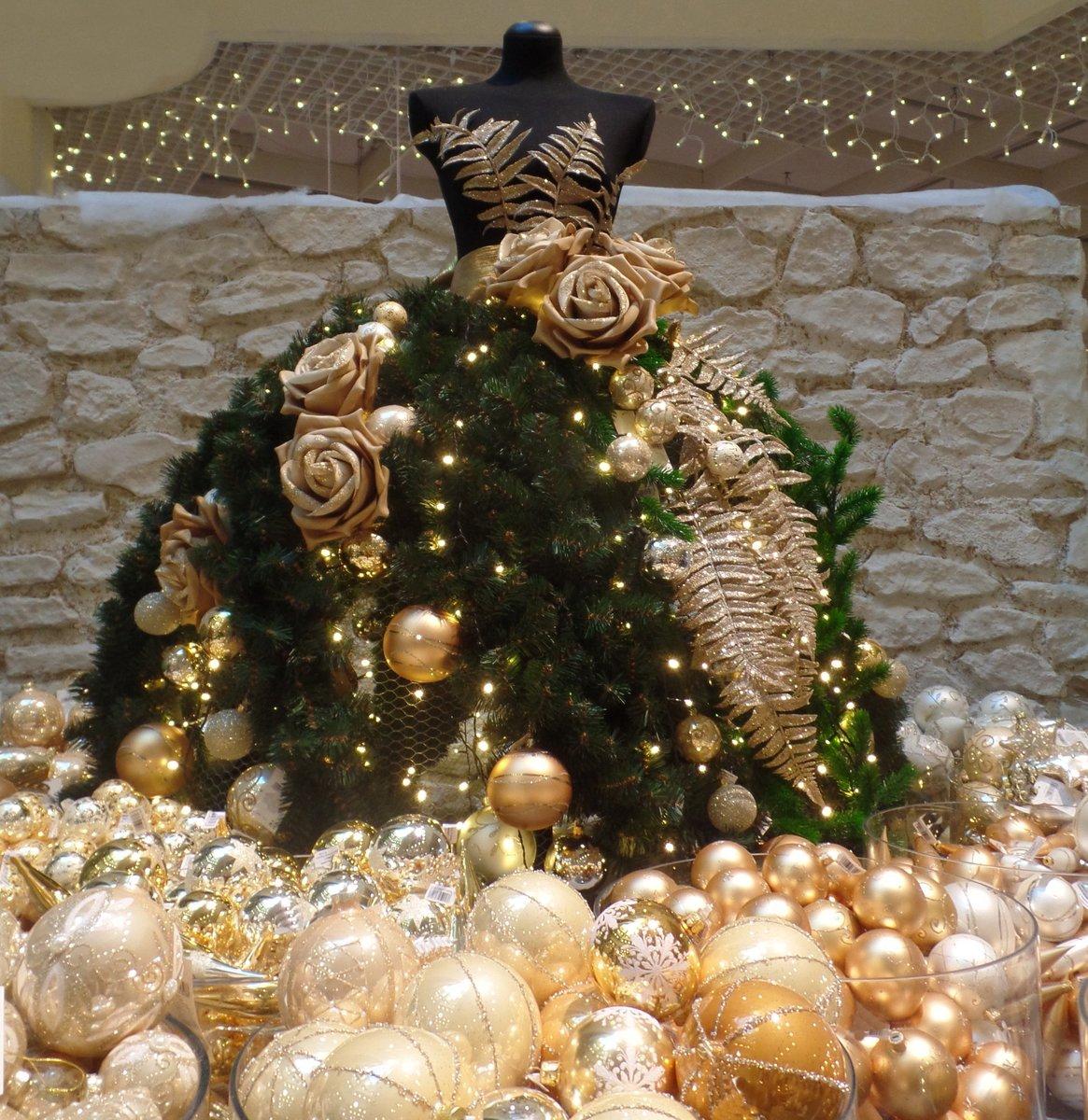 Frohe Weihnachten Und Alles Gute Im Neuen Jahr.Frohe Weihnachten Und Prosit 2019