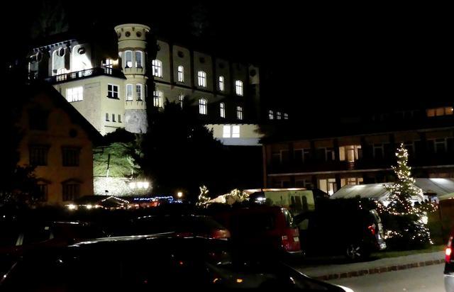 Adventmarkt im Schloss Freiland